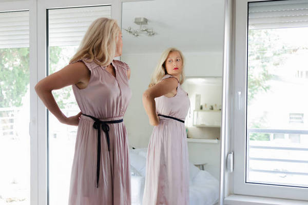 Как одеваться, если у вас нет талии: 5 простых правил