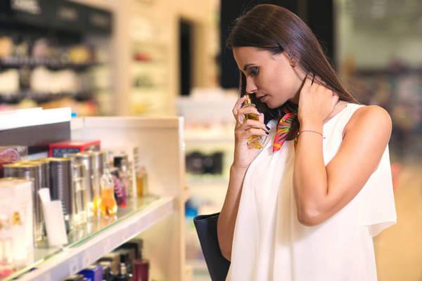 Главные ошибки в выборе парфюма, которые вы совершаете каждый раз