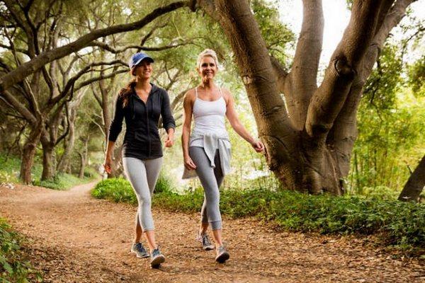 Больше ходите пешком: чем полезны пешие прогулки для здоровья и долголетия