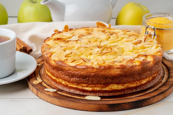 Яблочный пирог с полентой