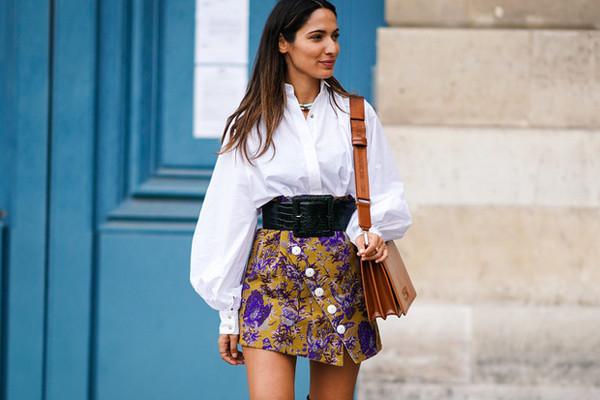 С чем носить мини-юбки: 8 стильных сочетаний на любой случай