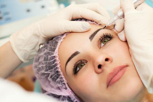Как продлить жизнь перманентному макияжу?