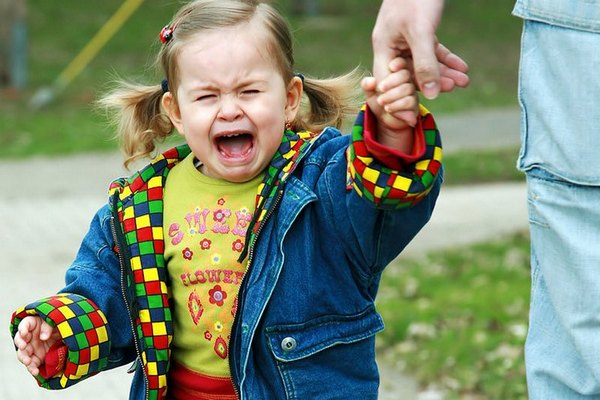 Как справиться с капризами ребенка?