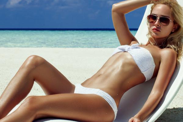 Как правильно загорать на солнце и сохранить загар