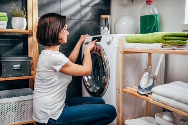Простой и безвредный способ очистить внутренность стиральной машины