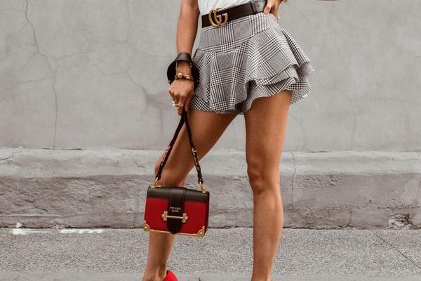 Что носить девушкам с короткими ногами