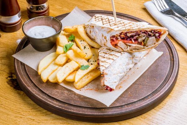 Как приготовить турецкий донар с курицей и овощами