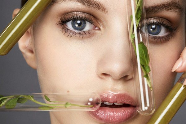 Красивая без макияжа: 4 действенных советов