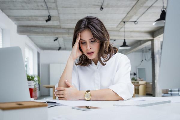 7 поступков, которые разрушат вашу репутацию на работе