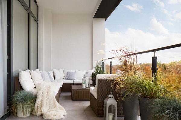 Домашний оазис: как превратить балкон в комнату отдыха