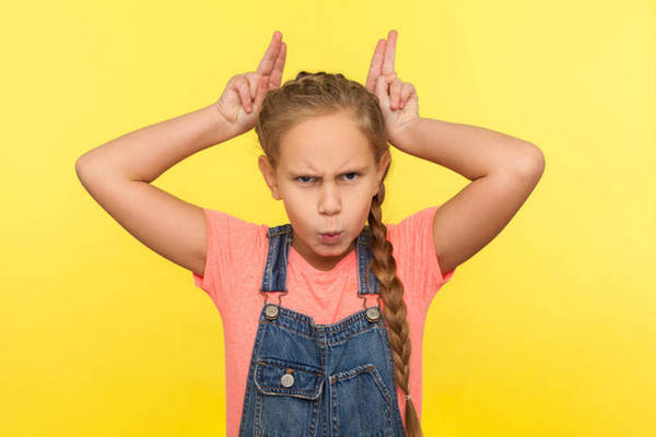 Как вести себя с чужими детьми, которые вас достают