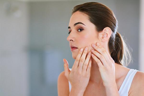 5 опасных ошибок в уходе за кожей с акне (и как их избежать)