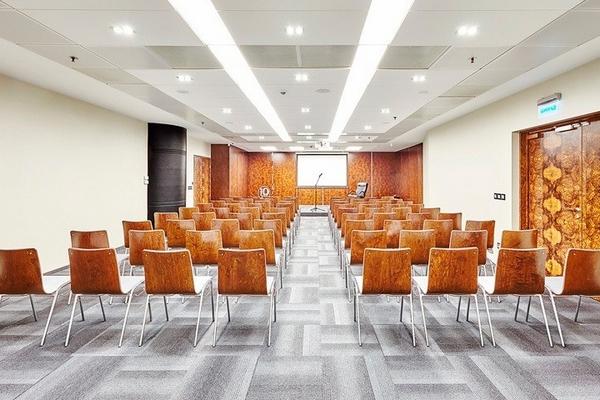 Почему стоит выбрать зал для конференций в Закарпатье?