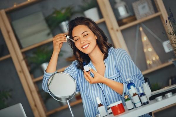 5 вредных привычек, которые превратят твое лицо в «потекшую свечу»