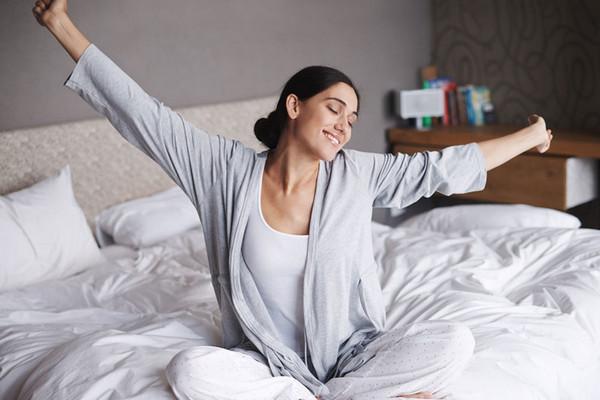 Свежа, как утро раннее: 6 бьюти-советов для «сов»