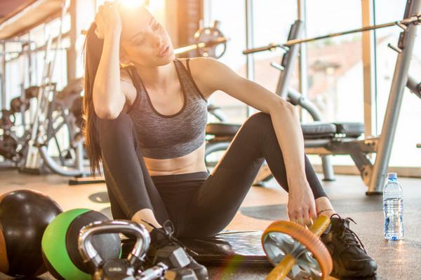 Опасный фитнес: 8 признаков того, что вы тренируетесь слишком много