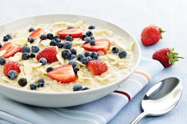 Почему не стоит увлекаться овсянкой на завтрак