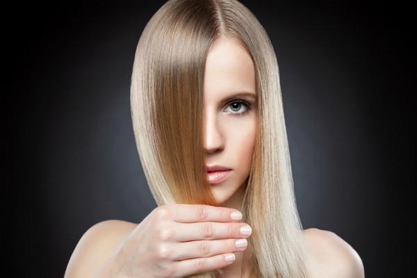 Миссия выполнима: 5 способов выпрямить волосы без утюжка
